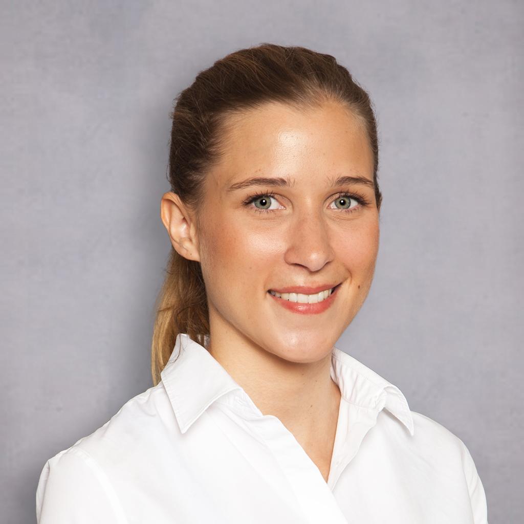 Zahnärztin Anne-Sophie Kraus